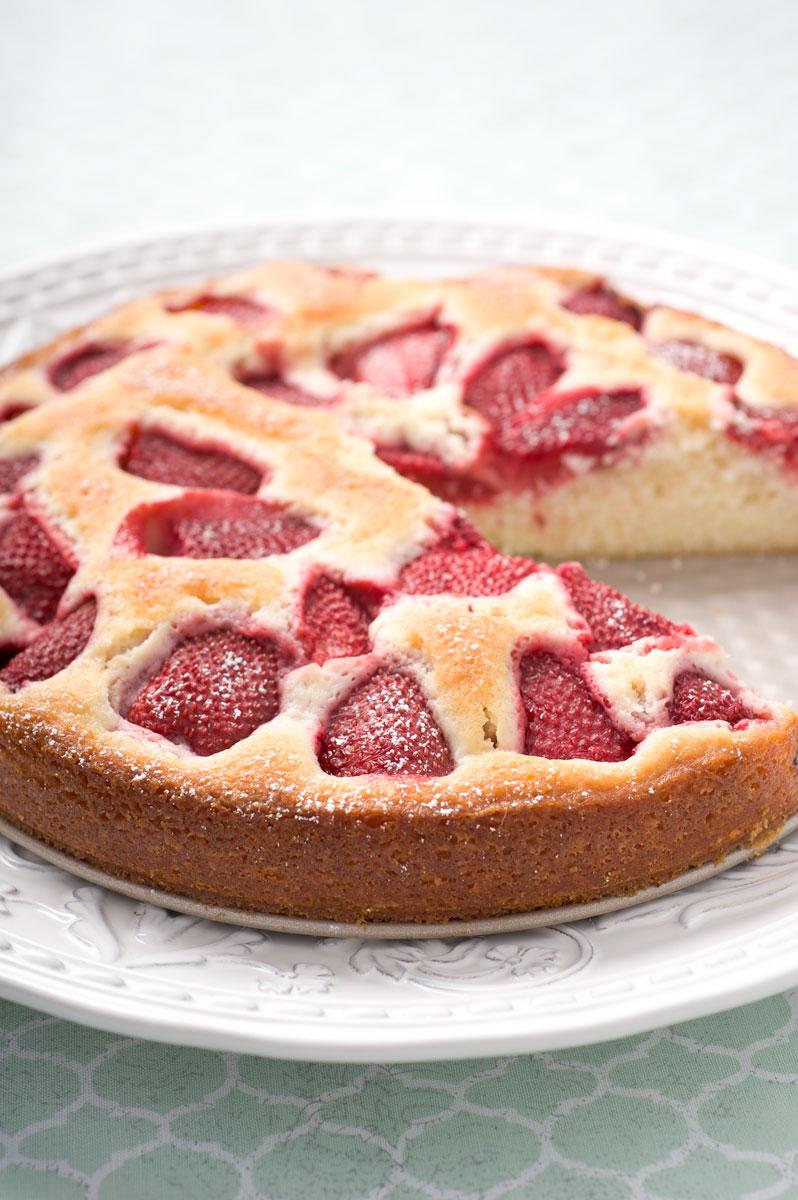 Sugar & Spice by Celeste: Fresh Strawberry Buttermilk Cake