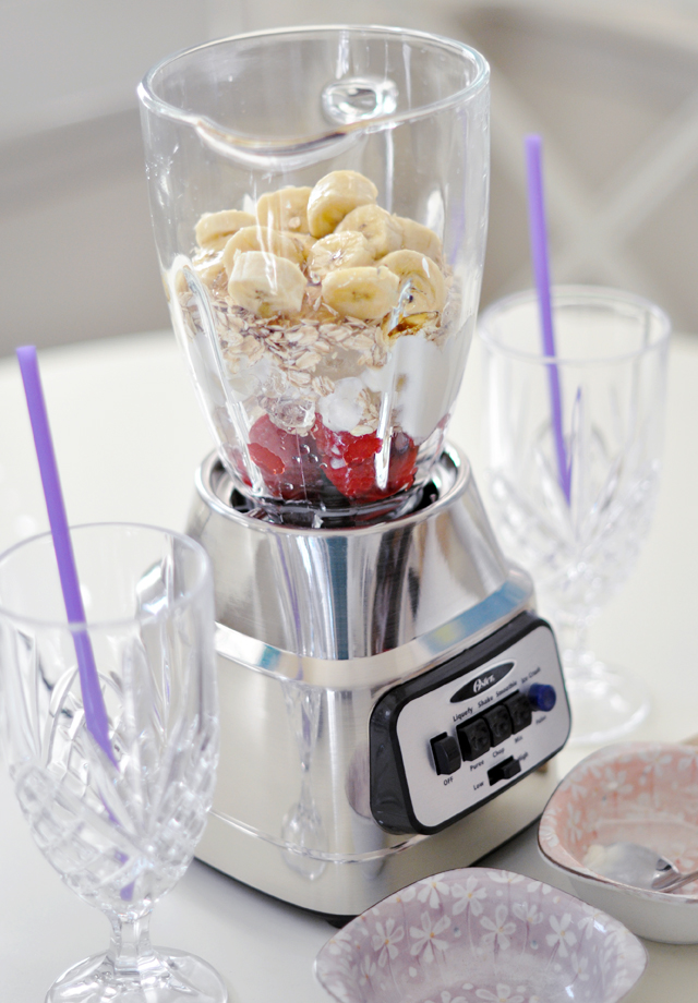 yummy fruit oatmeal smoothie