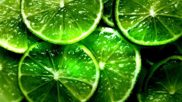 Lime Fruit Slices Macro Photo HD Wallpaper