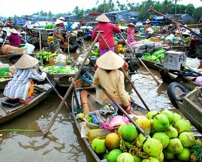 Pasar-Terapung-Delta-Mekong