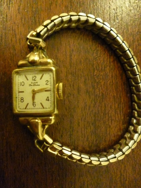 Elgin ladies wrist watch from the 1940s