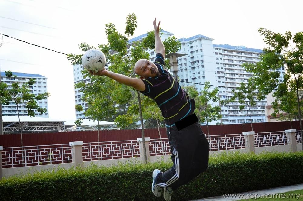 Mencuba teknik fotografi Levitation