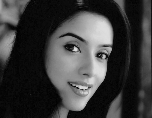 actress images download. Bollywood actress wallpapers download,Bollywood actress asin wallpapers