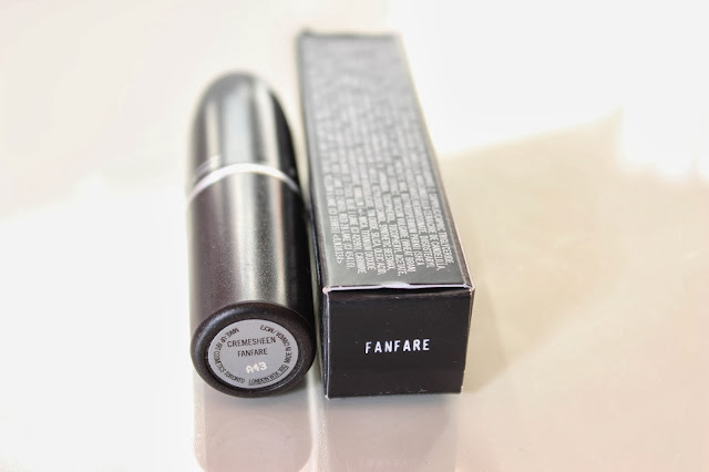 MAC Fanfare Lipstick // Review & Swatches