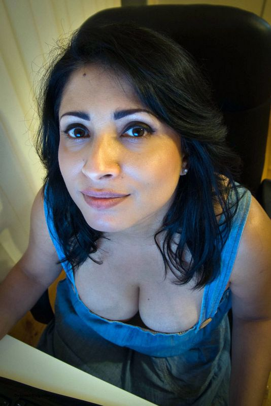 Awesome paki milf talking dirty 1fuckdatecom 8