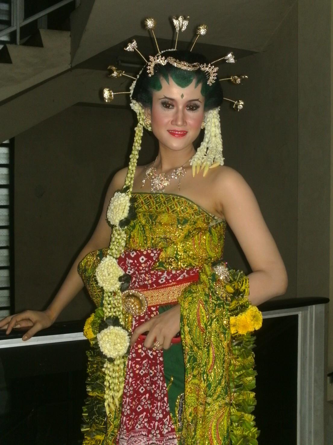 Download image Kebaya Pengantin Modern Basahan Jawa Muslimah PC ...