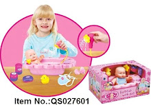 NEW Bathtub With Doll,Spout Water,Sale!!!  RM 40 only!