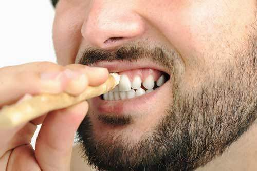 7 Natural Teeth Whitening Recipes White Spots On Teeth