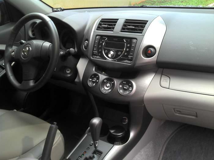 Teste toyota rav4 4wd autom tico 2011 fotos pre o for 2011 toyota rav4 interior