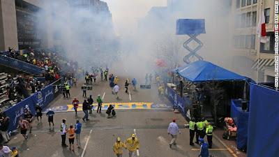 boston-marathon-explosion-photos-3