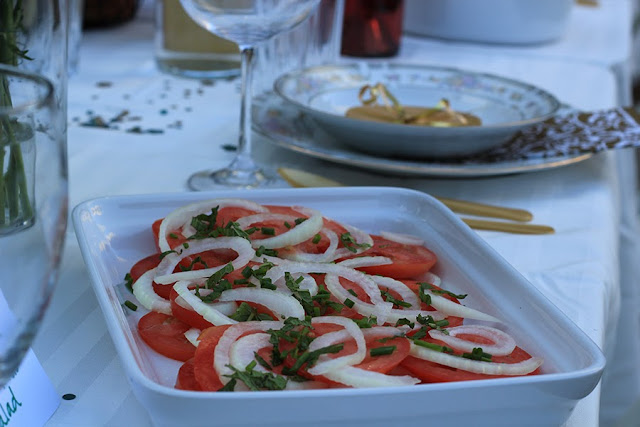 tomato and onion salad | Cordier Event Planning