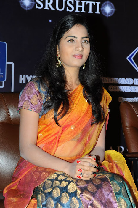 srushti photo gallery