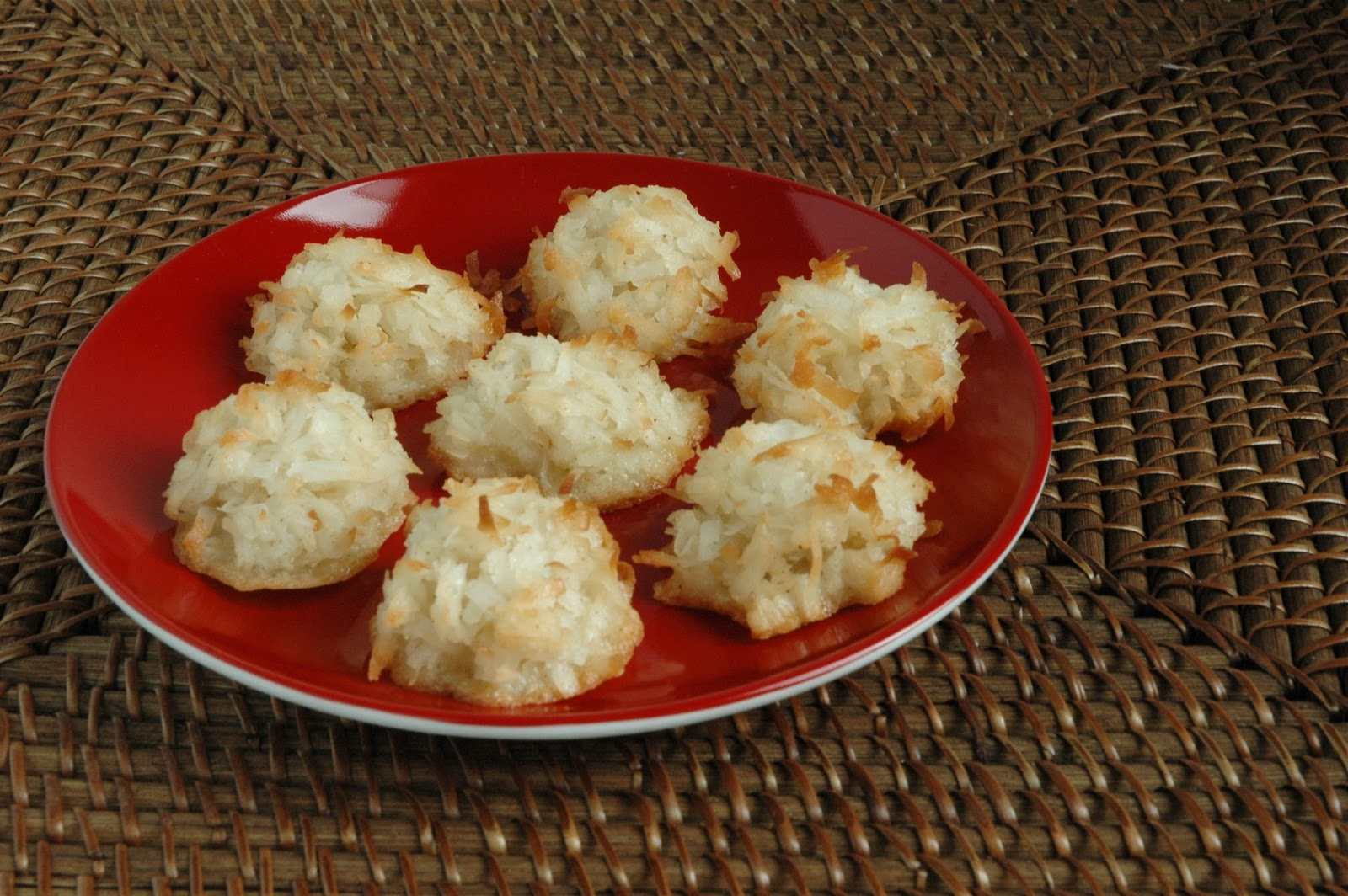 Taking my Sweet Time: Coconut-Cardamom Macaroons
