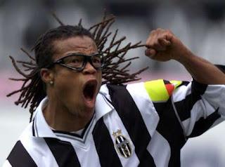 10 Pemain Sepakbola Paling Kasar
