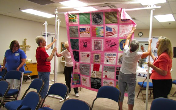 how many quilters does it take to hang a quilt?