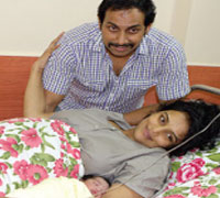 Actor Shweta delivers baby girl on camera