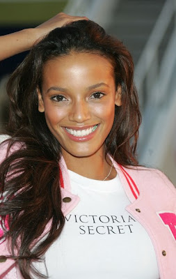 selita-ebanks-victoria-secret.