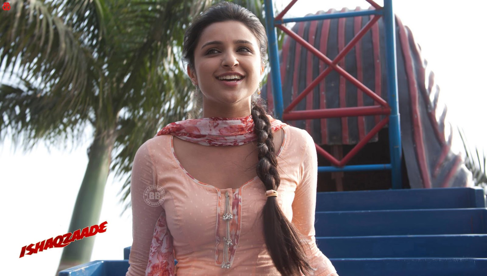 http://1.bp.blogspot.com/-hddV7Re16h8/UXp5ff7hsRI/AAAAAAAAGfU/W89d-aHTZ8A/s1600/parineeti+chopra+hd+wallpapers+++latest+new+collection+(6).jpeg