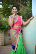 Anasuya photos in half saree-thumbnail-14