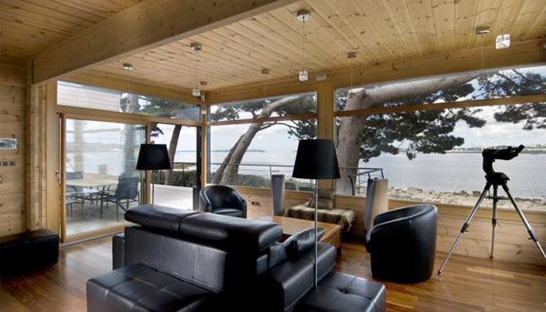Honka fusion log house in brittany france interior design ideas inpirations and architecture - Interieur maison en bois ...