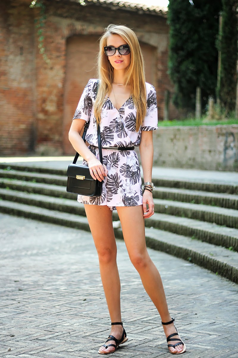 floral print romper, playsuit, black crossbody bag, summer outfit, fashion