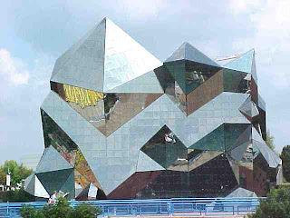Bangunan futuroscope (Prancis)