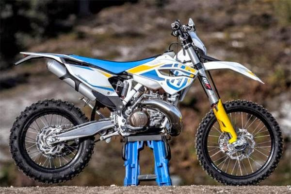 Husqvarna WR300 Bikes Photos