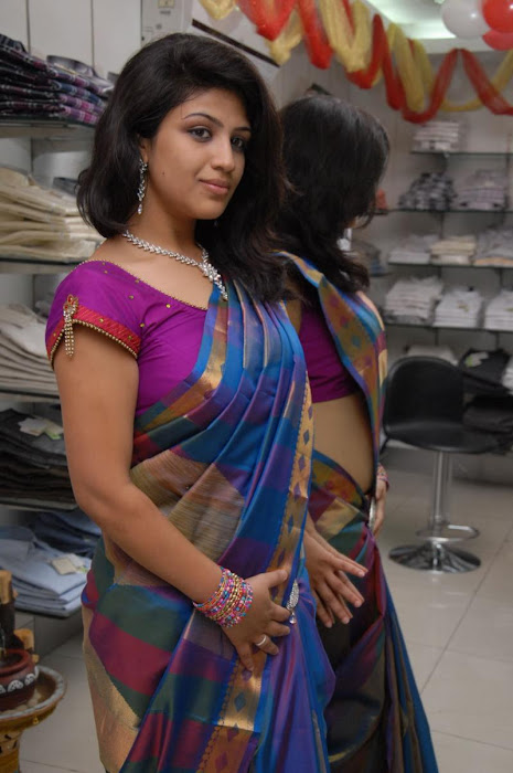 supriya in saree latest photos