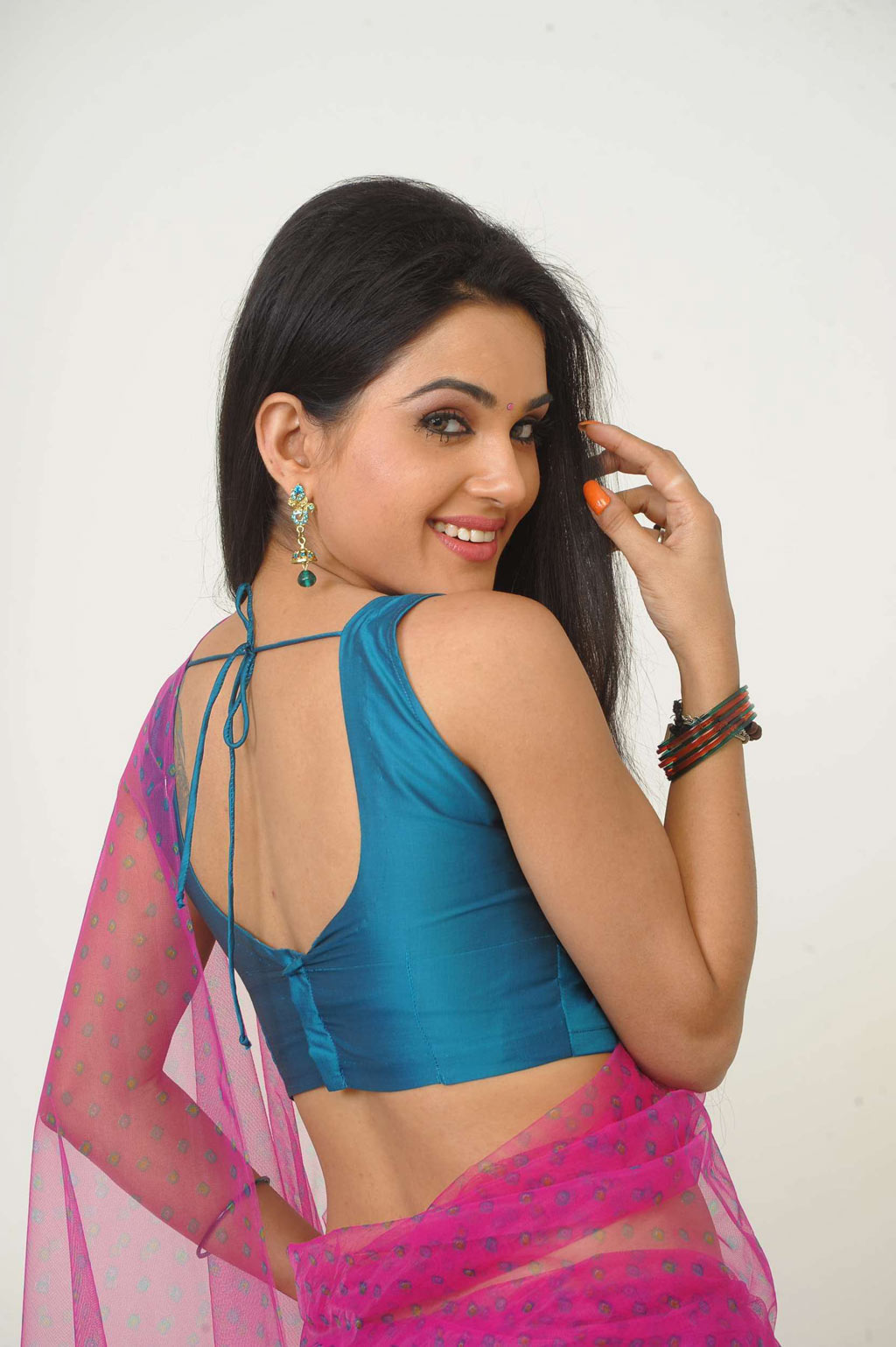 sorry teacher kavya singh hot images ~ south actress mp3