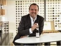 Peter J.  und Helga König im Gespräch mit  Gerhard Kracher, Weinlaubenhof Kracher/ Burgenland