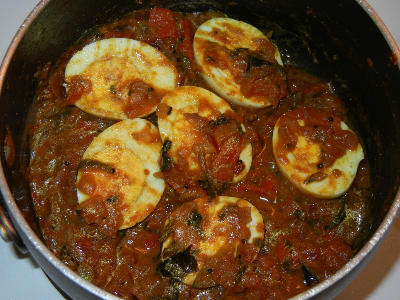 Yashodha's kitchen: QUICK EGG CURRY