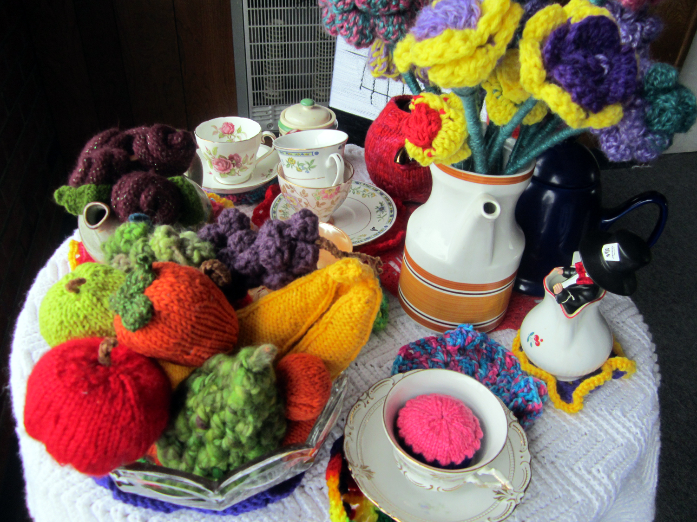 Knitting Knotty : Knitting is knotty