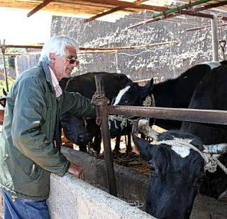 STOP DESAHUCIOS GRAN CANARIA 2º Caso Antonio, ganadero Antonio