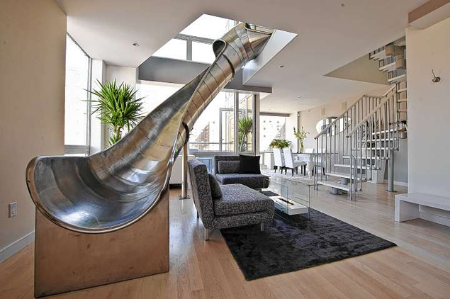 Ev grieve people apparently love the condo with the giant metal slide according to article - The giant slide apartament ...