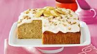http://homemade-recipes.blogspot.com/2013/11/how-to-make-easy-banana-yoghurt-cake.html