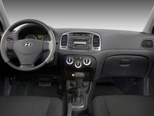 2011 Hyundai Accent GL Hatchback