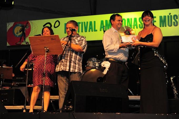 Noite de gala no Teatro Amazonas para lançamento do CD do 2º Festival Amazonas de Música