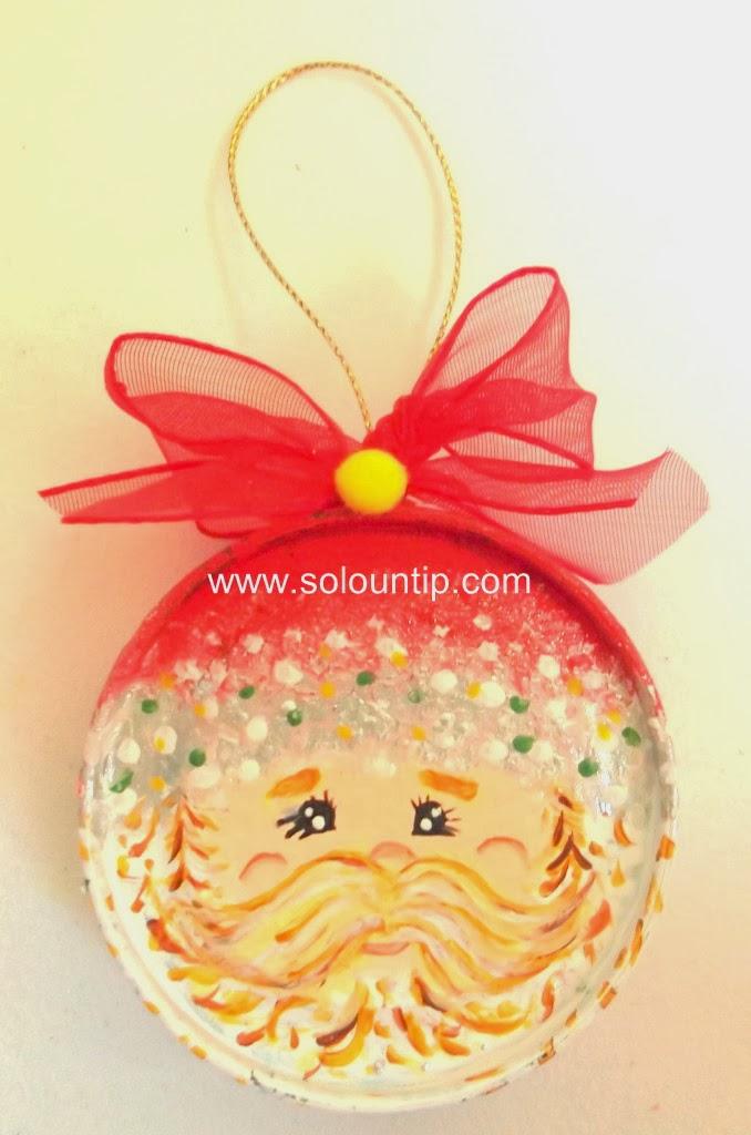 Adornos navide os con tapas for Materiales para manualidades navidenas