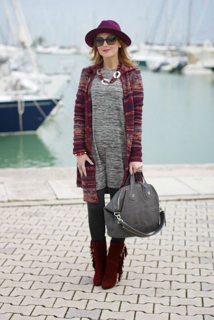 Jacquard coatigan, burgundy wool hat, suede fringe boots, Givenchy Nightingale bag, Fashion and Cookies, fashion blogger