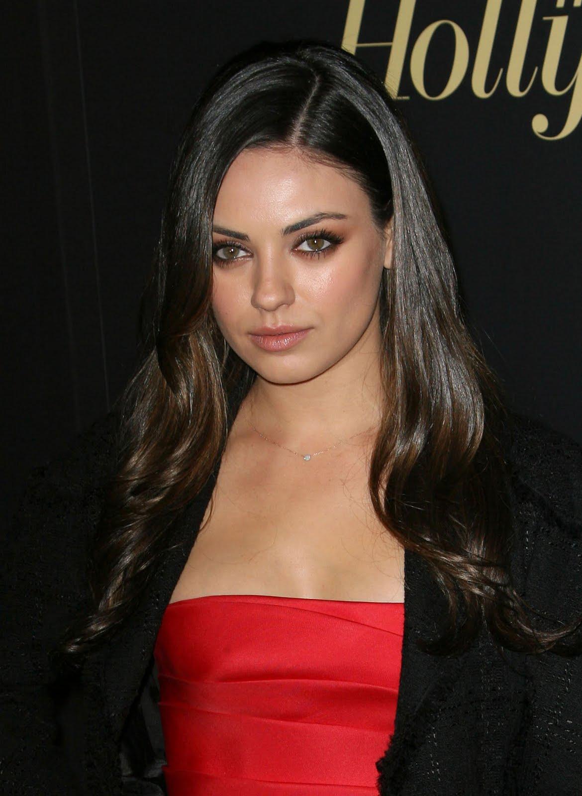 http://1.bp.blogspot.com/-hfUjqoFiqZ4/TWhMA60_BSI/AAAAAAAAARE/pYbr9qtwRG8/s1600/mila_kunis_ukrainienne_sexy_3.jpg