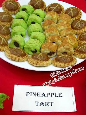 peranakan nonya pineapple tarts desserts