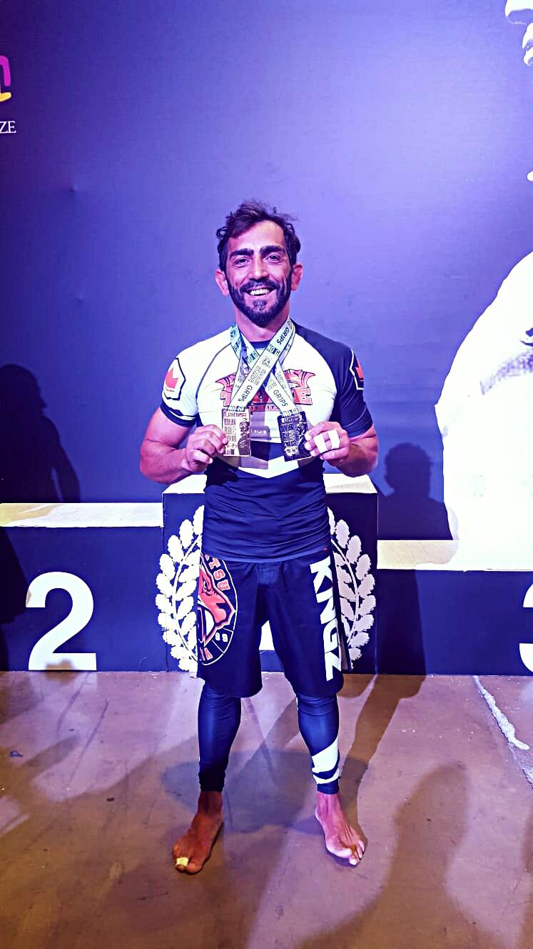 2018 oro categoria assoluto nere master 4 e argento in categoria campionato Italiano no gi