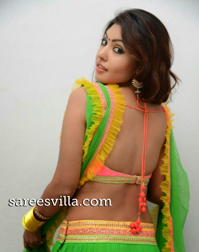 Komal In Backless Blouse
