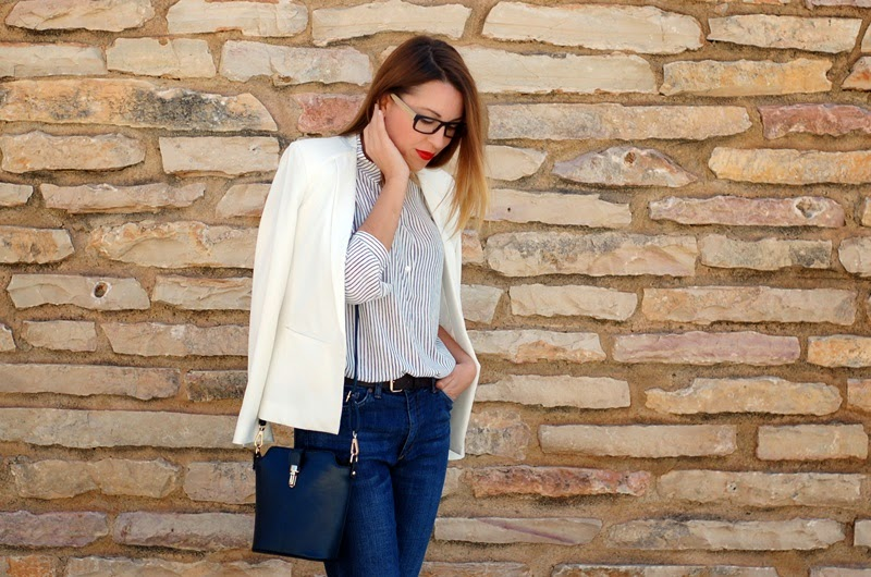 Firmoo eyeglasses for a working look