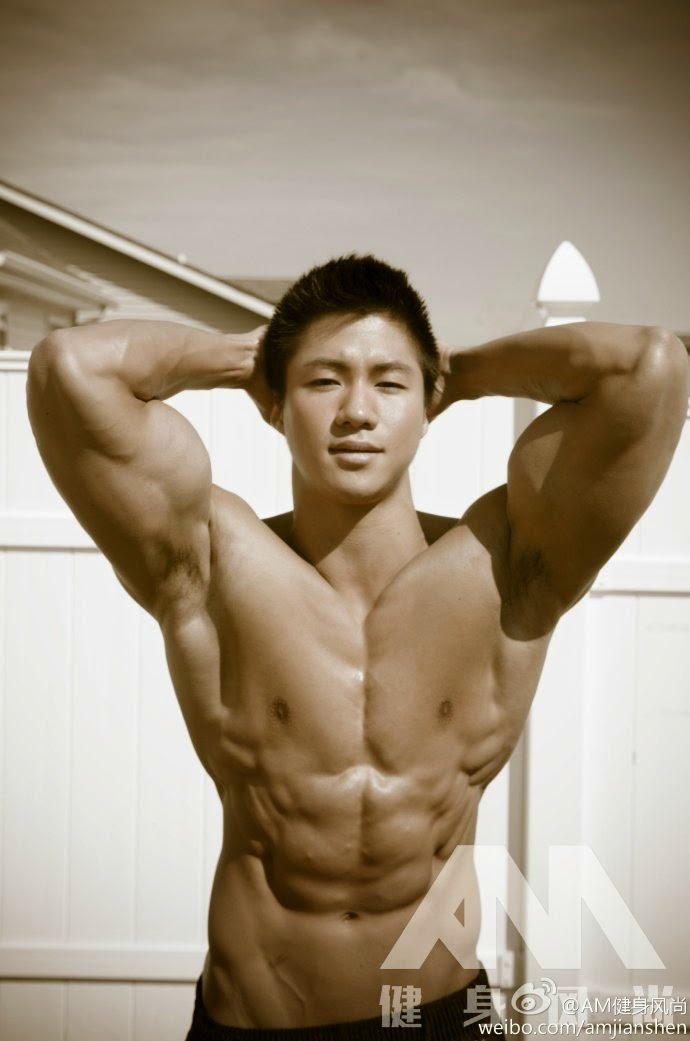 http://gayasianmachine.com/naked-asian-hunk-from-artitude-shanghai/