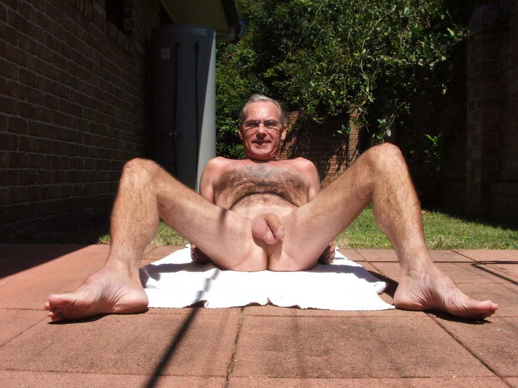 Gay man nude older pic