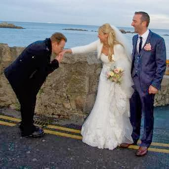 Bono photobombs Irish couple's wedding in Dalkey, Dublin (Photo: Carol Ryan)