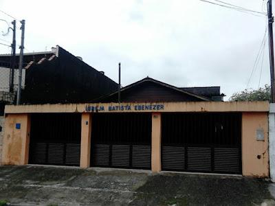 gatuna-telhado-roubar-igreja-pastor