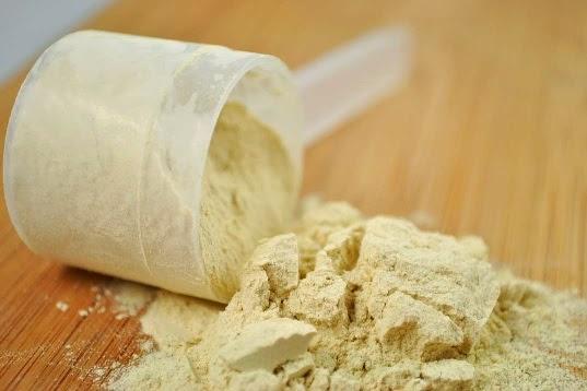بروتين مصل الحليب المجفف مع الماء يخفض السكر