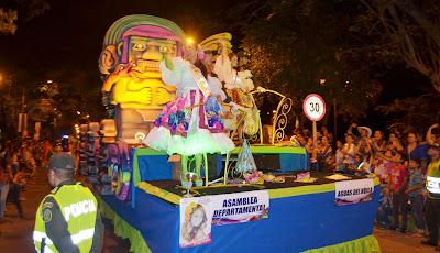 desfile-nocturno